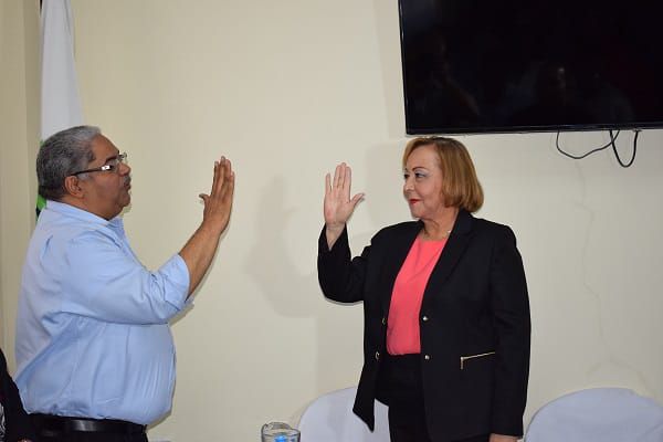 SNS Juramenta Nueva Directora del Servicio Regional de Salud Enriquillo.