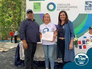 Durante la feria Una Mañana Saludable con la Comunidad Regional de Salud Enriquillo es reconocida