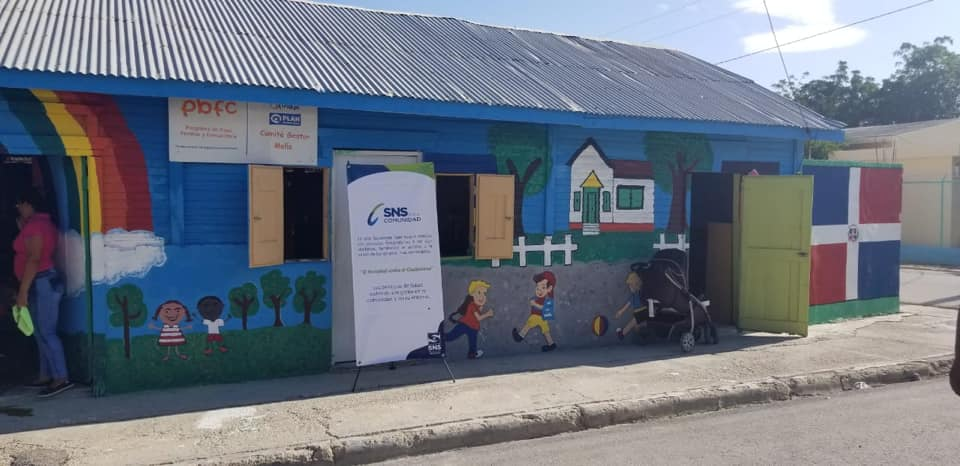 Hospital de Duvergé lleva consultas pediátricas a estancia infantil a través de SNS en la Comunidad