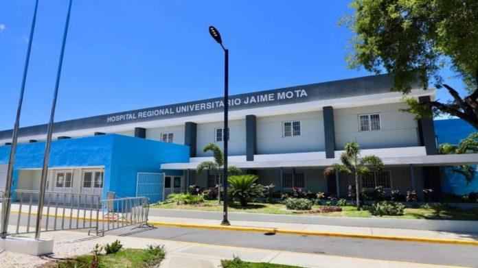 Inauguran Hospital Jaime Mota en Barahona