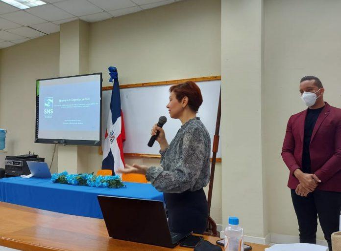 Imparten taller de inducción a emergencias médicas en Región Enriquillo